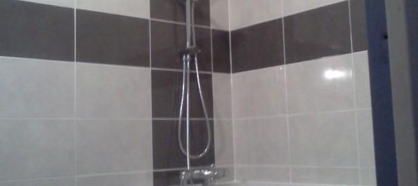 Plombier - Salle de bains renovée